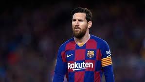 برشلونة يريد تخفيض راتب ميسي