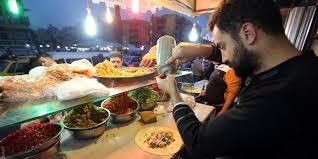 السلطات المصرية تحظر منح السوريين تراخيص لمحالهم التجارية.. والسبب؟