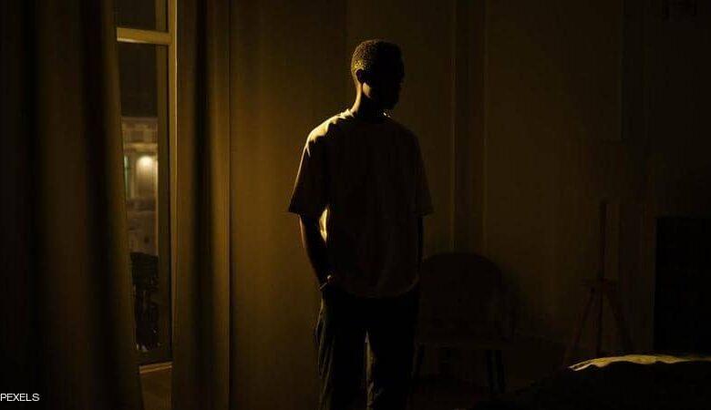 إذا حرمت نفسك من النوم الكافي.. 8 أعراض خطيرة ستواجهها