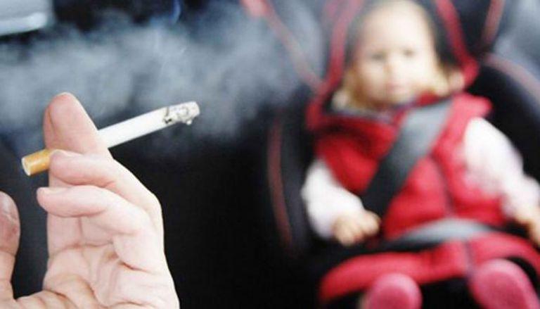 """الرضع """"يتقدمون في العمر"""" عند تعرضهم لدخان التبغ"""