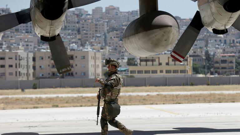 الأردن يرسل طائرة مساعدات جديدة إلى لبنان